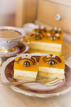 Frau Zuckerfee: Osterkuchen | Aprikosenkuchen | Bienenkuchen