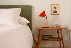 7 balcones y un patio Table, Furniture, Home Decor, Courtyards, Balconies, Spain, Vacation, Decoration Home, Room Decor