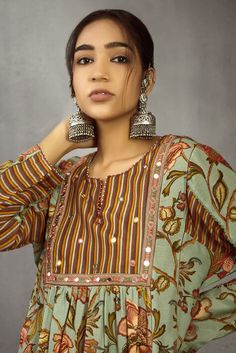 Shop Torani Chanderi Printed Kurta Set , Exclusive Indian Designer Latest Collections Available at Aza Fashions Kurti Neck Designs, Kurti Designs Party Wear, Dress Neck Designs, Salwar Designs, Indian Attire, Indian Wear, Indian Outfits, Indian Reception Outfit, Pakistani Fashion Casual