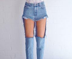 ††† ††† ††† †Enjoy the kiss ††† ††† †††:  Georgeous Amanda Shoemaker    DIY ideas shredded jeans denim