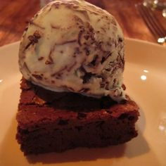 Mint Chocolate Ice-cream & Brownies @ Gilt