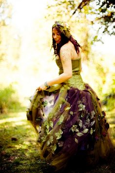 """Now THIS is fun!  If I was a child again...Fairy Dress...I think this fits in """"Garden Inspiration"""";)"""
