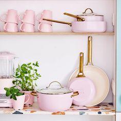 Cookware Set, Clean Cooking, Cooking Ware, Healthy Cooking, Casseroles, Ceramic Non Stick, Pots And Pans Sets, Piece A Vivre, House