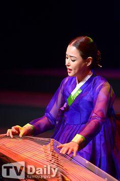 한복 Hanbok : Korean traditional clothes[dress]  | Hanbok & Gayaguem