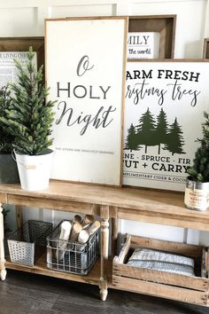 The Best Farmhouse Christmas Decor Inspiration - A huge collection of Farmhouse Christmas Decor inspiration that is completely on-trend, showcasing neutral color palettes with natural materials. Christmas Farm, Farmhouse Christmas Decor, Modern Christmas, Christmas Signs, Rustic Christmas, White Christmas, Christmas Ideas, Cheap Christmas, Christmas Candles