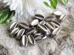 20 Kunststoffperlen 1,2 cm, Farbe Silber, Schmuck mit Perlen selbst machen,