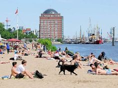 Elbstrand / Christoph Bellin / bildarchiv-hamburg.de