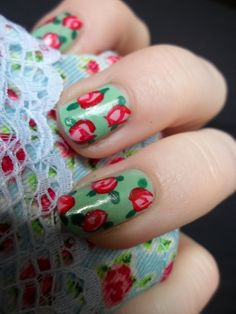 pin up floral nail art by Janny Dangerous