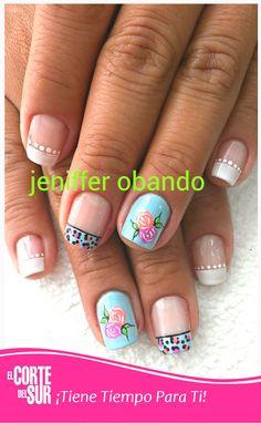 En nuestras salas de manicure y pedicure, recibe además de excelente atención y comodidad los mejores diseños para tus uñas. Trabajo por Jeniffer Obando. Llama y solicita tu cita 5522309 ¡El Corte del Sur Peluquería Te Consiente!