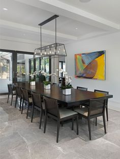 Exclusive Private Residence in Florida by Harwick Homes (9).  Suspension pour salle-à-manger.  Voir modèle Fulton par Hinkley lighting.