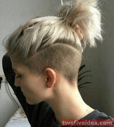 45 Best Short Haircuts in Shaved Undercut, Short Hair Undercut, Short Hair Cuts, Undercut Girl, Undercut Styles, Undercut Hairstyles Women, Short Hairstyles For Women, Cool Hairstyles, Shaved Hairstyles