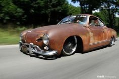 Slammed Ghia- Awesome look: Patina and black wheels