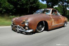 Slammed Ghia- Awesome look: Patina and black wheels