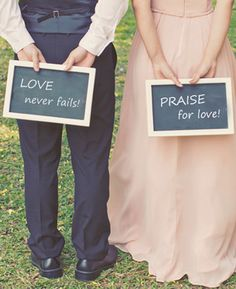 Praise Wedding is a wedding planning and inspiration online magazine for the modern everyday brides & grooms.