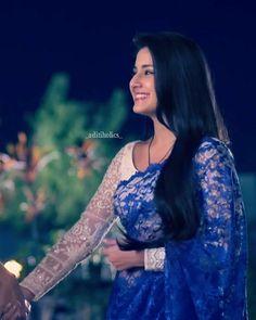Girl Photo Poses, Girl Photos, Indian Makeup Looks, Lehenga Choli, Sari, Star Actress, Modern Saree, Simple Sarees, Indian Bridal Outfits