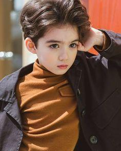 My lovely baby boy 😄 Cute Girl Face, Cute Baby Boy, Cute Little Baby, Cute Asian Babies, Korean Babies, Cute Babies, Cute Kids Pics, Cute Boys, Kids Boys