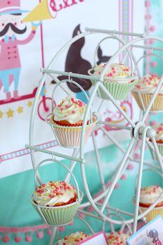 fun ferris wheel display for cupcakes. Fin the ferris wheel at wantsandwishesdesign.com