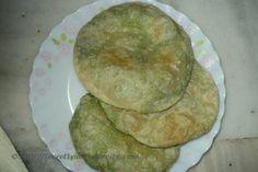 Hare Matar ki kachori ( Green Pea kachori) #indianfood #indianrecipes #recipes #foodpic #foodpics #eat #hungry #food #foodporn. Recipe : http://secretindianrecipe.com/recipe/hare-matar-ki-kachori-green-pea-kachori