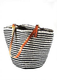 Black & natural striped Sisal beach bag