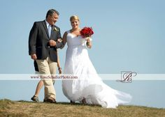 Father daughter Wedding at the Sullivan house on Block Island #sullivanhousewedding #everywedding #blockislandwedding #sullivanhousewedding