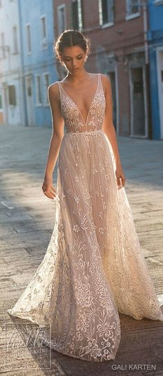 Gali Karten Wedding Dresses 2018 - Burano Bridal Collection features exquisite gowns in a plethora of gorgeous silhouettes. Stunning Wedding Dresses, Wedding Dresses 2018, Bridal Dresses, Prom Dresses, Beach Wedding Gowns, Event Dresses, Pretty Dresses, Beautiful Dresses, Wedding Ideias