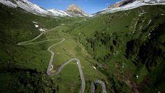 Passo Pordoi || Photo: http://www.brevet.cc/cycling-in-italy/passo-pordoi/