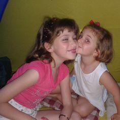 Hija menor y Nieta .... mucho amor !!!!  Arte-sanías | flostellamaris