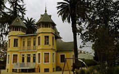 Centro Cultural Mansion Dubois. Parque quinta normal. Santiago de Chile