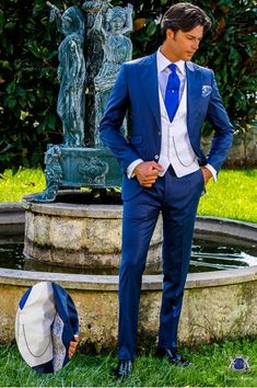Italian bespoke suit royal blue cool wool mix Abito Blu Uomini eb6dbd59b0f