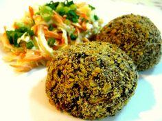 Lunes sin carne: Croquetas de frijoles negros. Los granos son alimentos súper nutritivos, pero también bastante versátiles en la cocina. Hoy compartimos esta receta que seguro te ayudará a darle un toque especial a este Lunes Sin Carne.