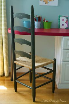 Trash to Treasure Chair Makeover Small Patio Ideas On A Budget, House Bar, Chair Makeover, Trash To Treasure, Bars For Home, Bar Stools, Bath, House Styles, Furniture