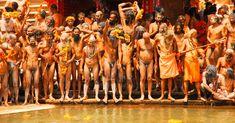 Naga Baba Kumbh Mela, Indian Village, Varanasi, Surf Girls, Hinduism, Incredible India, Beautiful Black Women, Erotic Art, Funny Photos