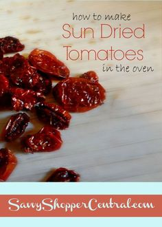 Tomato Recipes How to Make Sun Dried Tomatoes in the Oven - It used to take days to make sun dried tomatoes but now you can make them in just a few hours in the oven! - How to make sun dried tomatoes in the oven Canning Recipes, Paleo Recipes, Meat Recipes, Make Sun Dried Tomatoes, Cherry Tomatoes, Fruit Sec, Dried Cherries, Dehydrated Food, Vegetable Recipes