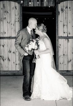 #imagesbyblake #zyntangofarm #barnwedding #firstlook #bride #groom