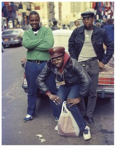 Back In The Days | I Love The 80s 3/6 Photography © Jamel Shabazz, an African American, fashion, fine art, and documentary photographer used New York City street life as a major subject in their work...