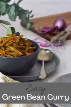 This curry is quick, easy and tastes amazing too. Green Bean Curry, Cooking With Coconut Milk, Beans Curry, Cooking Green Beans, Green Beans And Tomatoes, Vegetable Curry, Recipe Please, Cooking Time, I Foods