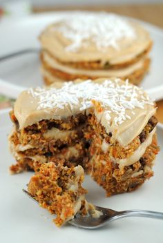 Raw vegan carrot cake Not just healthy because it has carrot in it...