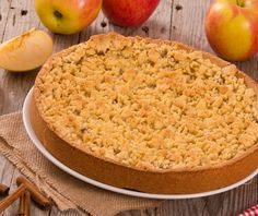 Μηλόπιτα τριφτή (apple crumble) | Συνταγή | Argiro.gr Bread Cake, Food Categories, Dessert Recipes, Desserts, Sweet Recipes, Macaroni And Cheese, Kai, Food And Drink, Sweets