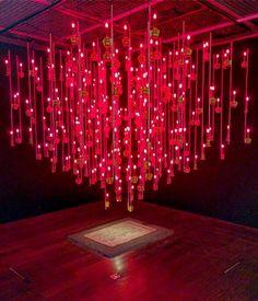 """""""Mi piace"""": 199, commenti: 2 - ArtAsiaPacific Magazine (@artasiapacific) su Instagram: """"FX Harsono's glowing, haunting installation """"The Light of Spirit"""" (2016) commemorates Chinese…"""""""