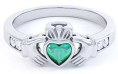 Claddagh ring from claddagh-ring.com