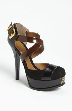 Fendi 'Fendista' Crisscross Pump
