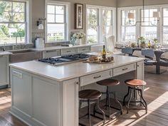 Silestone Pulsar Quartz Countertop. Inspiration for kitchen remodeling, design, cabinets, backsplash, painting, floor tiles, pictures, cost, pendant lights.