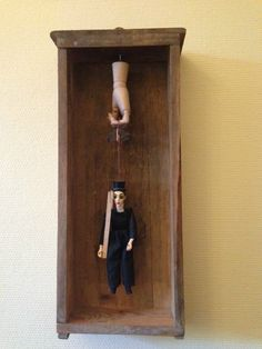 Box marionnette cabinet de curiosité