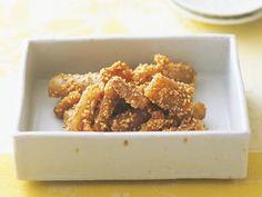 柳原 一成 さんのごぼうを使った「たたきごぼう」。黒くて丈夫なごぼうは、縁起の良い食材。たたいて繊維をほぐし、食べやすく仕上げます。 NHK「きょうの料理」で放送された料理レシピや献立が満載。