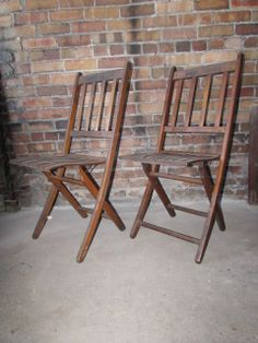 love these.  Vintage Wood Folding Chairs.  Church, Assembly, Ship's, Boy Scouts