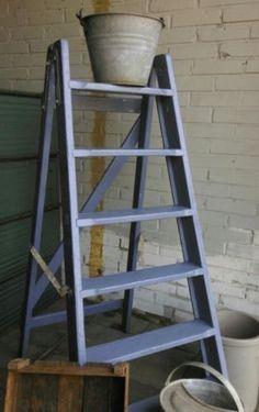 Brocante Oude Trap Schilderstrap Lavendel Blauw