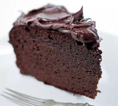 Naked Chocolate Cake Ingredients: Coconut flour cocoa powder coconut oil eggs honey or maple syrup baking powder cinnamon vanilla extract.bake this cake Desserts Keto, Paleo Dessert, Healthy Sweets, Gluten Free Desserts, Healthy Baking, Healthy Chef, Coconut Flour Chocolate Cake, Chocolate Low Carb, Healthy Chocolate