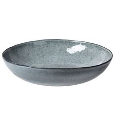 The Nordic Sea salad bowl is by the popular Danish design brand Broste Copenhagen and has a generous size. The bowl is part of the popular Nordic Sea range - a rustic stoneware range that was inspired by a rough day at the Nordic shores. Beautiful in combination with other pieces from the Nordic Sea range.