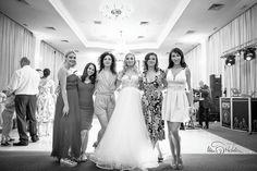Fotograf nunta - Fotograf nuntă București - Fotografie Nunta Lace Wedding, Wedding Dresses, Fashion, Bride Gowns, Wedding Gowns, Moda, La Mode, Weding Dresses, Wedding Dress