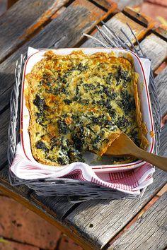 Ai, dis darem 'n ou staatmaker vir vegetariërs Veggie Recipes, Vegetarian Recipes, Cooking Recipes, Spinach Recipes, Pastry Recipes, Pie Recipes, Dinner Recipes, Savoury Dishes, Vegetable Dishes